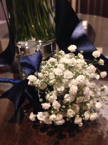 新郎新婦様からのメール 夏の装花 かすみそう シェ松尾松濤レストラン様へ_a0042928_1228169.jpg