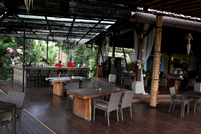 アントニオブランコ美術館 Rondji Restaurant カフェ レストラン _e0141982_21343351.jpg