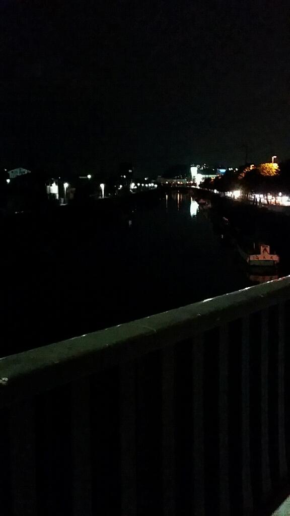 夜景。_d0092901_22340152.jpg