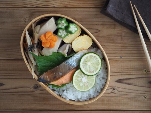 鮭弁当_c0270834_75688.jpg