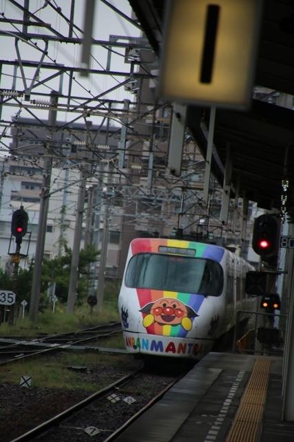 楽しい鉄道、楽しい乗り物・・・路面電車も楽しい・・・街づくりは乗り物のの工夫が決め手_d0181492_07145418.jpg
