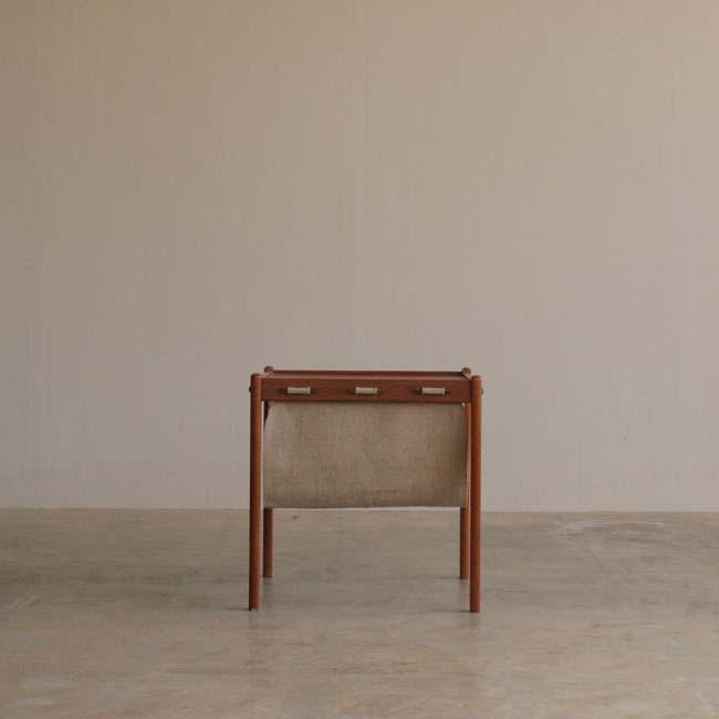 『帆布&チークのサイドテーブル』_c0211307_17414196.jpg