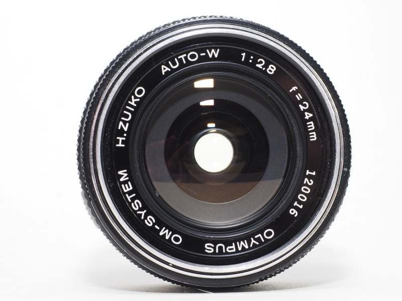 Zuiko auto-W 24mm F2.8_c0109833_16100762.jpg