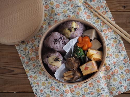栗ご飯のおにぎり弁当と栗の渋皮煮_c0270834_8262251.jpg
