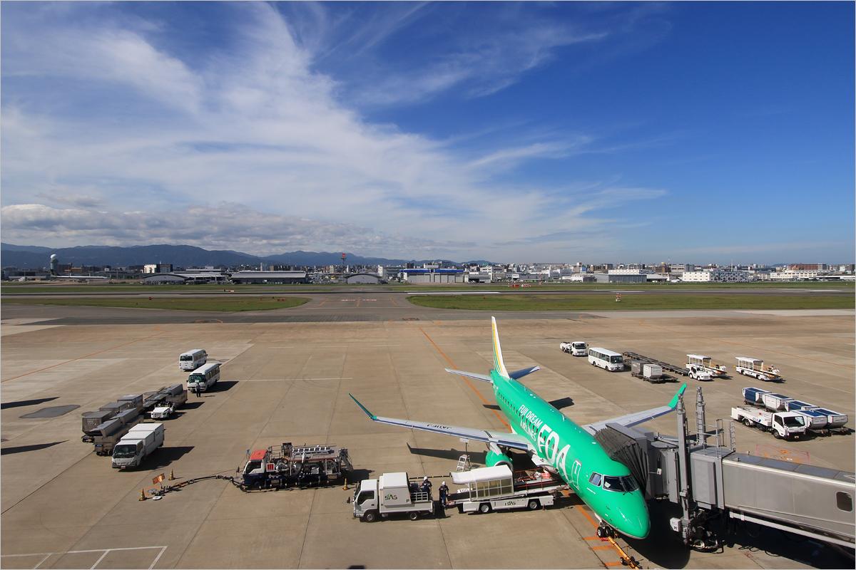 さよなら、第1ターミナル - 福岡空港_c0308259_1335449.jpg