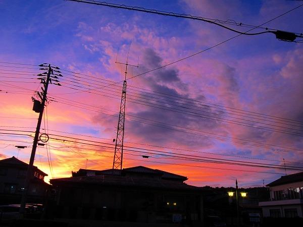 台風18号がくる、夕方の空_c0327752_09511411.jpg