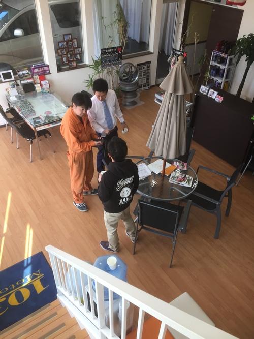 10月7日(金)今日は本店オールスターブログ★ タイヤ交換お任せください♫TOMMY_b0127002_16483594.jpg