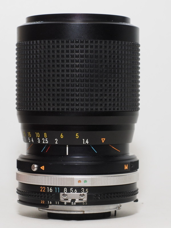 ZoomNikkor 35-105mm F3.5-4.5_c0109833_16442585.jpg