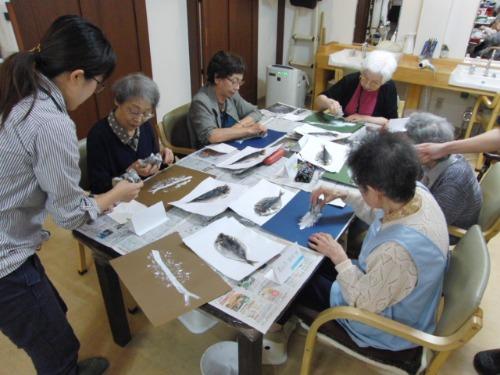 オイルパステル画 ~ アジの干物を描く ~_e0222340_1513386.jpg