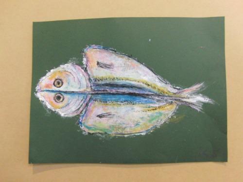 オイルパステル画 ~ アジの干物を描く ~_e0222340_15395931.jpg
