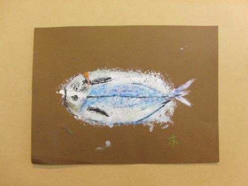 オイルパステル画 ~ アジの干物を描く ~_e0222340_15411887.jpg