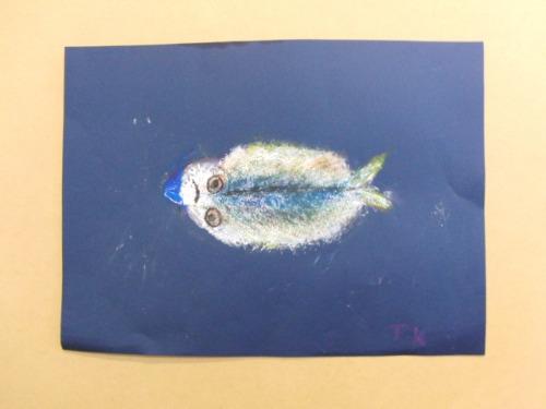 オイルパステル画 ~ アジの干物を描く ~_e0222340_15484955.jpg
