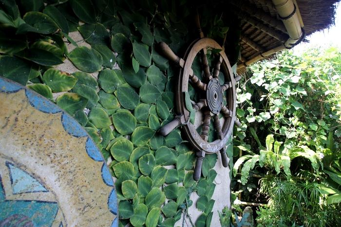 イエローフラワーカフェ VESPA プネスタナン バリ島旅行_e0141982_2229237.jpg
