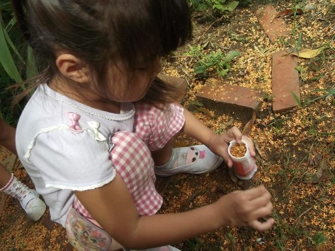 キンモクセイの木の下で_f0334882_17595385.jpg