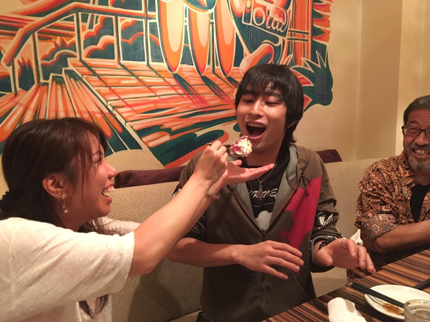 姪の田中メイの結婚祝い_a0163623_13571444.jpg