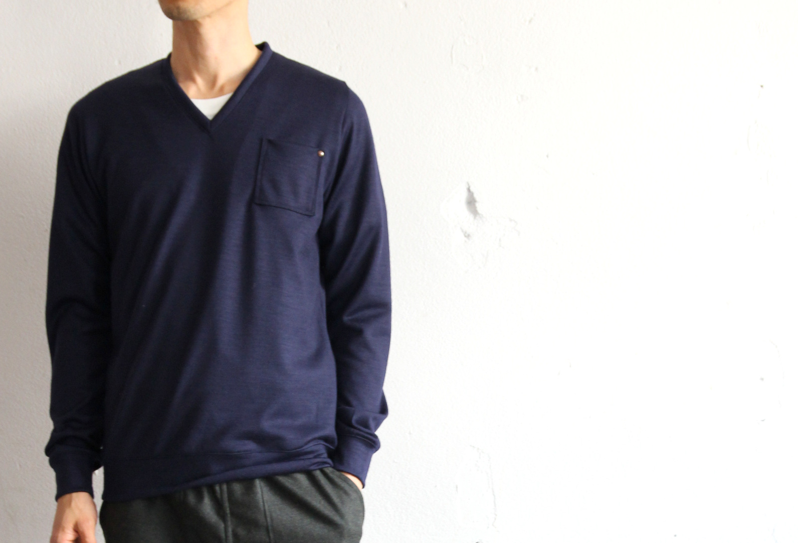 High Gauge Wool Pocket V-neck _e0142928_8172333.jpg