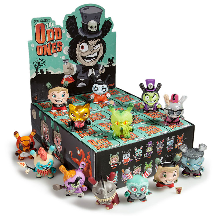 The Odd Ones Dunny Mini Series by Scott Tolleson_e0118156_1991944.jpg