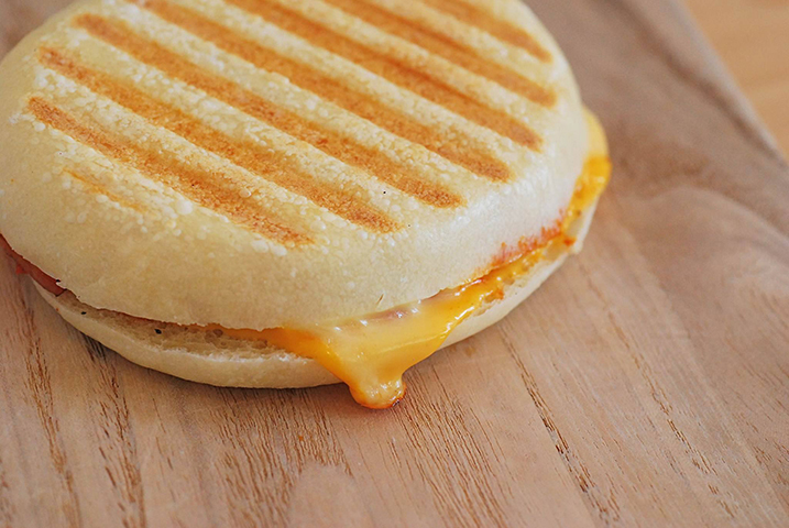 10月9日は蟹マルシェ!!☆パニーニのは「CLOVER」はチーズ祭りですよ!!_a0044064_11171065.jpg