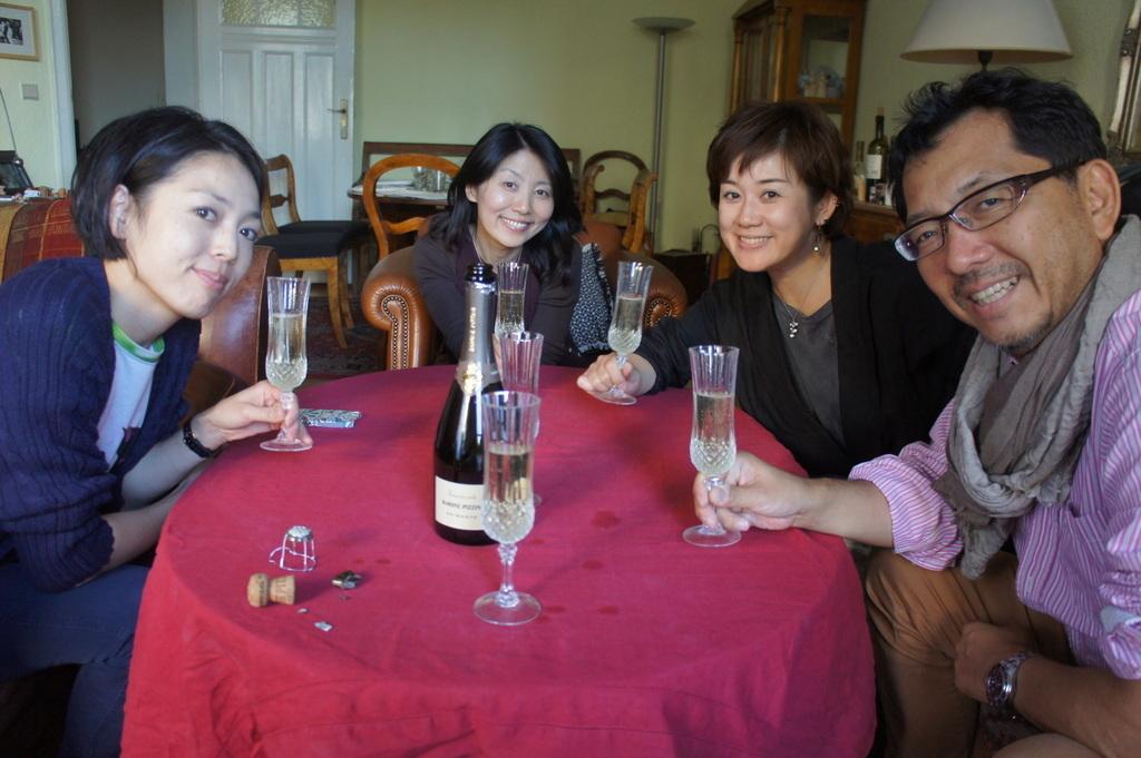 CXのS特派員、栄転お祝い晩餐。_c0180686_05474462.jpg
