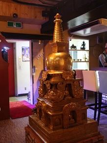 ネパール民族料理アーガン紹介と西アフリカ行決定の件_c0030645_16224073.jpg