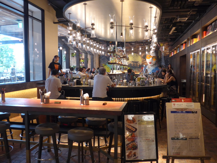 新宿「tavern on S タバーン オン エス」へ行く。_f0232060_1851224.jpg