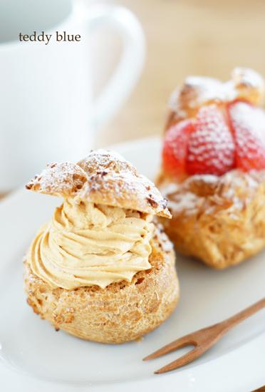 love cream puffs!  シュークリーム 大好き!_e0253364_11471496.jpg
