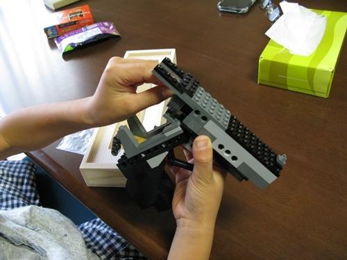レゴのゴム鉄砲_f0129726_22434975.jpg