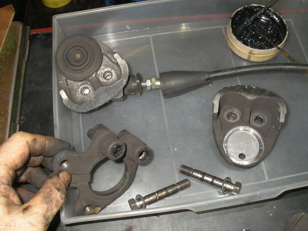 BMW R100RS+クマガヤ 継続検査と他(ステーの補修)_e0218639_10454330.jpg