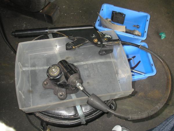 BMW R100RS+クマガヤ 継続検査と他(ステーの補修)_e0218639_1048747.jpg