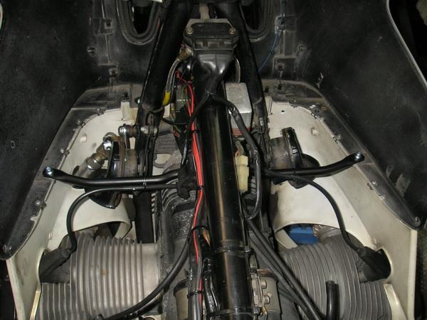 BMW R100RS+クマガヤ 継続検査と他(ステーの補修)_e0218639_10515364.jpg