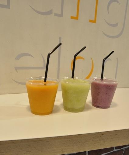 旬の果物満喫ジュース&スムージー_b0181172_1748889.jpg