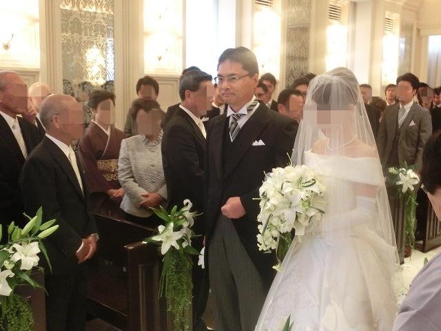 次女の結婚式で初めてのバージンロードとモーニング_f0141310_7473547.jpg