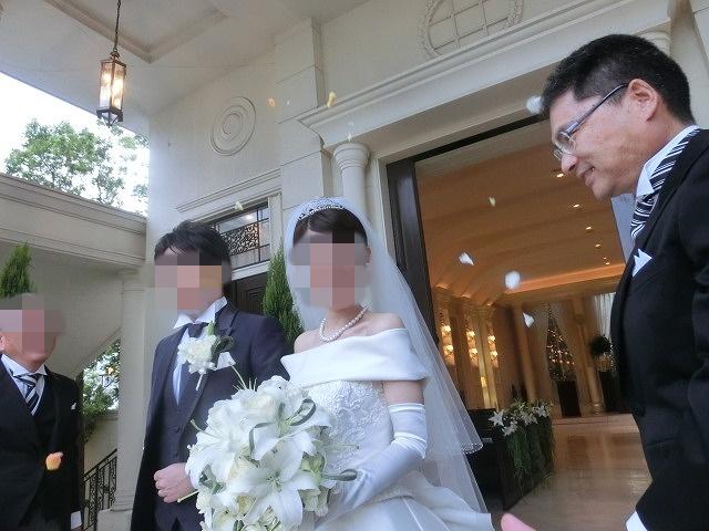 次女の結婚式で初めてのバージンロードとモーニング_f0141310_74884.jpg