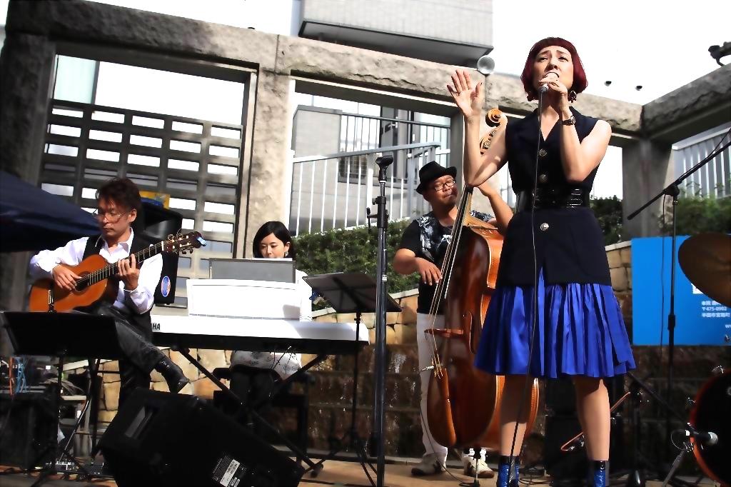 名古屋でジャズストリート!!4回目です!!_b0199930_1042120.jpg