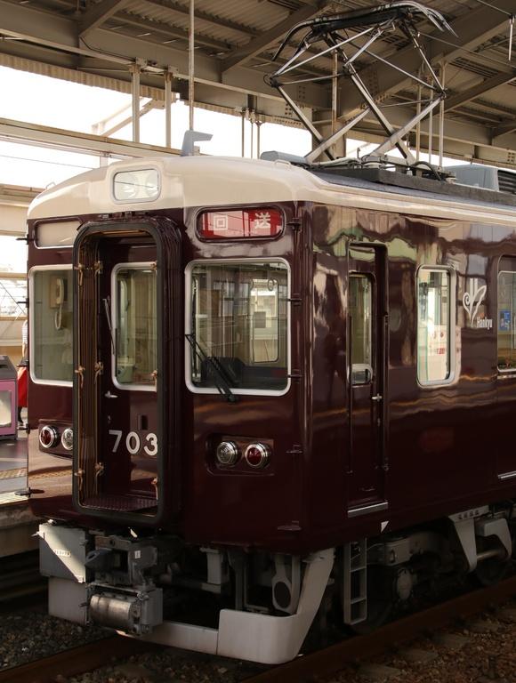 阪急7033F 返却回送_d0202264_215568.jpg