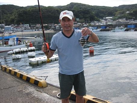 ★イカでシマチン釣りの魚市場食堂★_e0147297_1353228.jpg