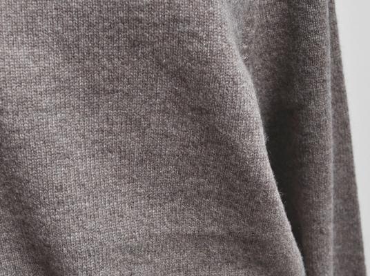 ヤク100% クルーネックセーター / FACTORY_d0193211_19555270.jpg