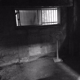「新たな場所」が少し部屋らしく・・・♪_f0168730_14361420.jpg