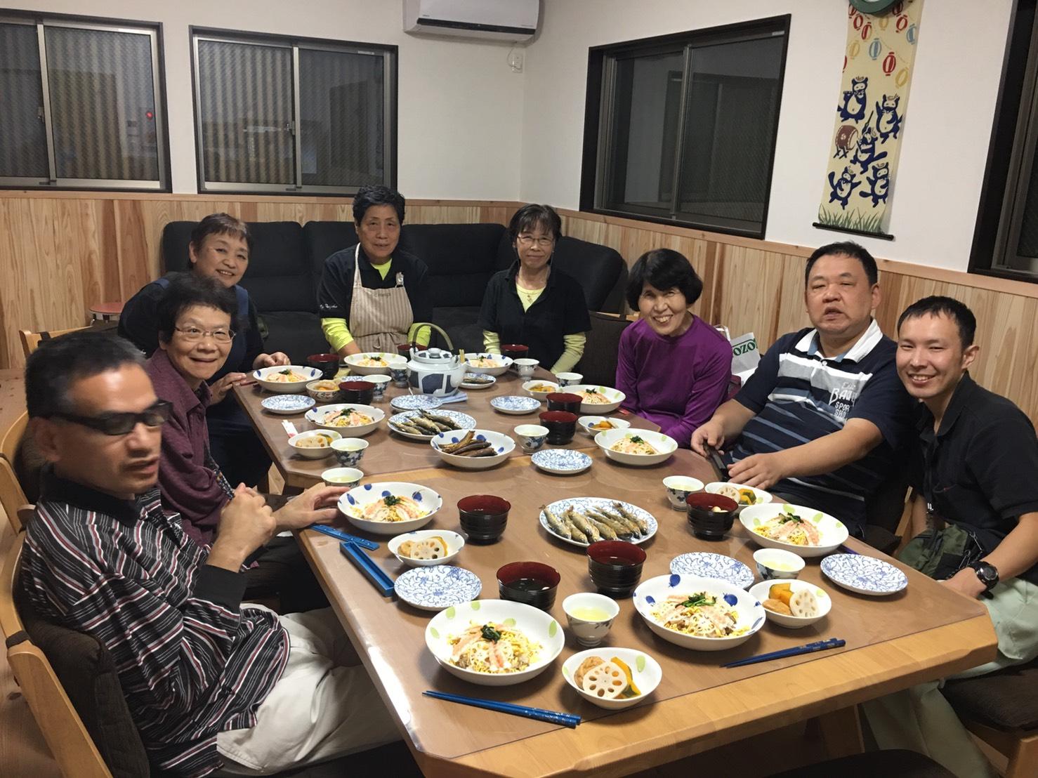 お食事会・・・・・・でっせ。。。。_f0065444_20501555.jpg