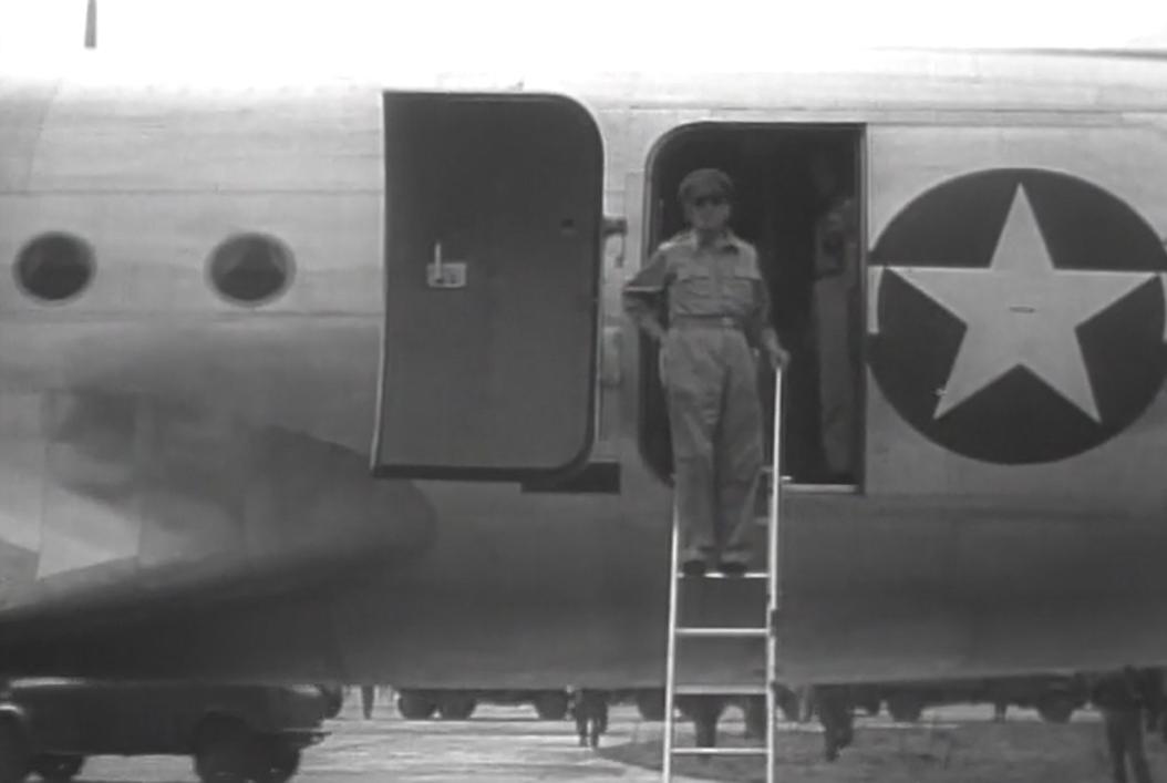 今日の配信映画は「アメリカ占領下の日本 第2巻 最高司令官マッカーサー」_b0115553_925475.png
