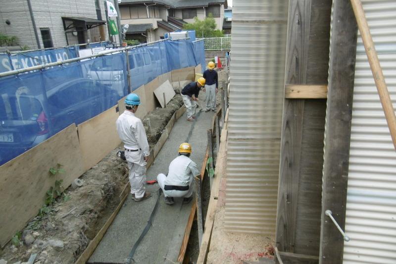 幼稚園の擁壁工事_f0205367_17401531.jpg