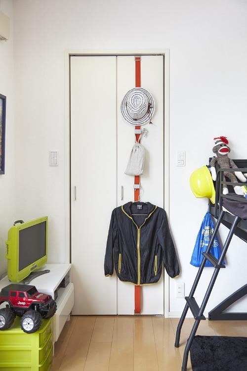 Room Door Hook 毎日をもっとスマートに。お部屋のドアを見せる収納へ。_b0125570_10364082.jpg
