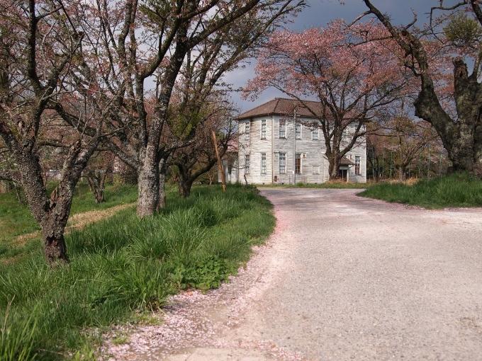 旧国立種牛牧場本館(七塚原記念館)_f0116479_11344711.jpg