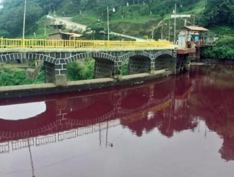 何の前兆?グアテマラの河が血色に!_b0213435_00554727.png