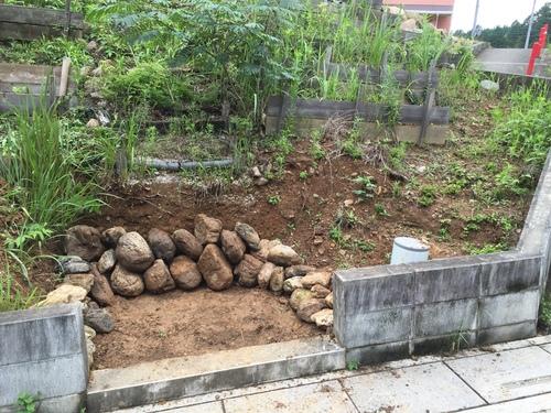 庭の階段_c0331145_0572649.jpg