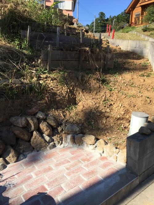 庭の階段_c0331145_059393.jpg