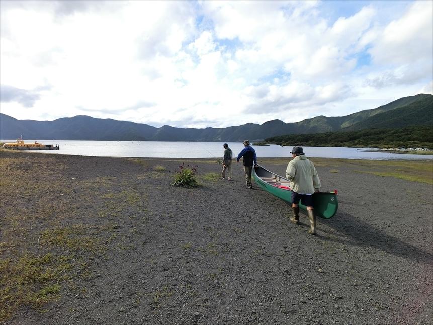 【レポート】本栖湖キャンプ場① ~カヌーと何もしないキャンプ 前編_b0008655_13452429.jpg