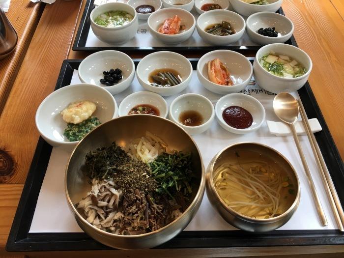 ソウルから大邱へ。韓国のおいしい味と美術作家さんたちに会いに。その2 聞慶の山菜料理と星州郡の人形作家さんのアトリエ_a0223786_09514580.jpg