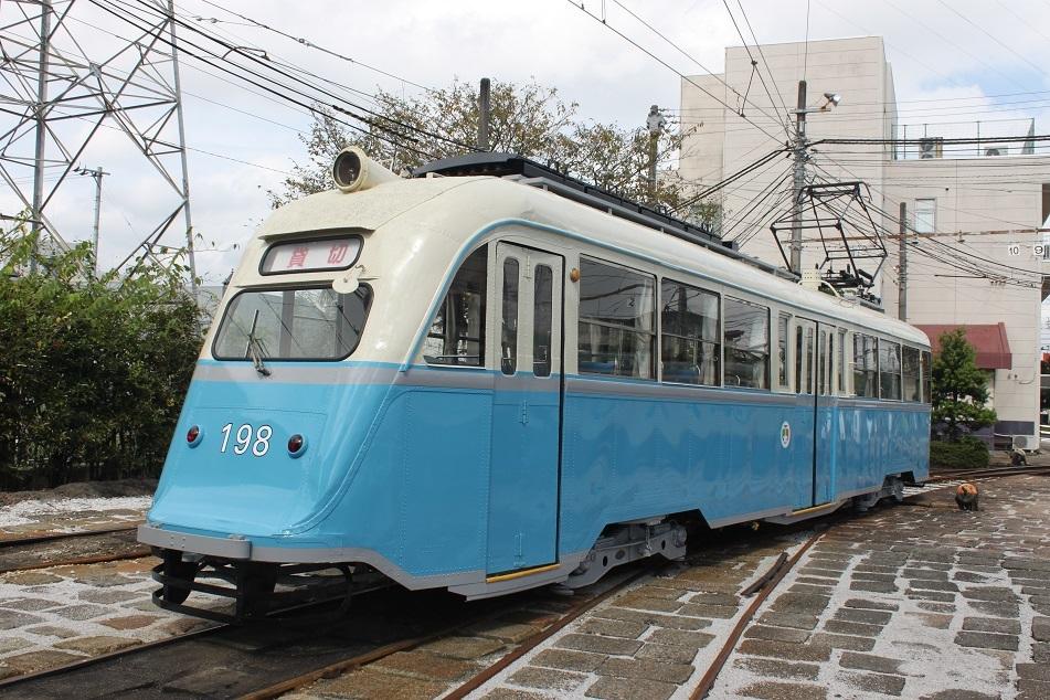 ○とさでん「ノルウェー電車塗装復元」運行_f0111289_13314923.jpg