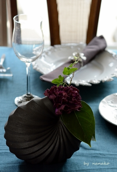 クジャク色のテーブルクロスで_c0364500_20395476.jpg